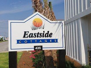 SOUTHERN CHARM-NEWEST BEACHSIDE COMMUNITY EASTSIDE COTTAGES-Aqua Vacations