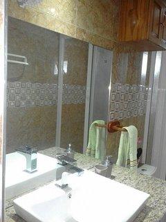 NOUVEAU Toutes nos salles de bain ont été redécorées avec nouveaux wc douches en 2019