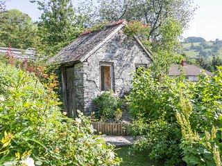 TY-BACH wood burner, pet friendly, garden with views, in Llangollen, Ref. 963420