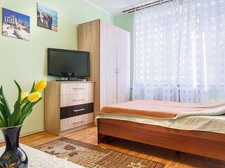 Sunny apartmet Kolomenskaya (1-4 guests)