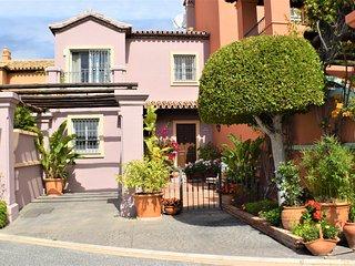 Amazing Panoramic Views 3 Bed TH Marbella - Puerto Banus