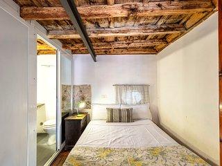 Fascinating duplex apartment in Trastevere