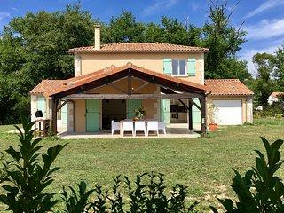 Villa Deux Sevres -  tranquility, nature & golf