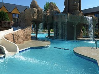 *WATERPARK FREE TO ALL GUESTS Lazy River DELL'S SANCTUARY LODGE AT SPLASH CANYON