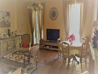 Agence Propriano Location : T5 au coeur de la ville genoise de Sartene