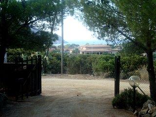 Villetta SOLANAS - 7 couchages - Grande Véranda - Grand jardin arboré