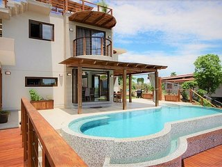 4-Bedroom Modern Luxury Villa With Tamarindo's Best Ocean Views