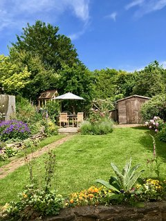 Bells Cottage has a pretty cottage garden which is a real sun trap