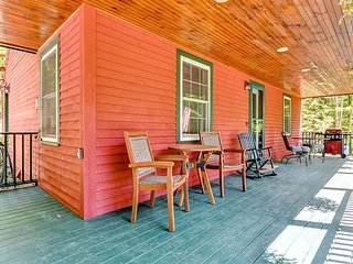 Private, Peaceful, Remodeled 2BR w/ Large Porch, Wifi, AC & Pets Welcome!