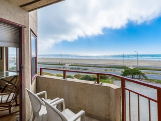 Furnished OCEANFRONT San Francisco, Monthly minimum, Parking, Balcony VIEW!