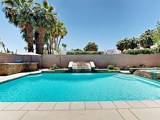Luxe 5BR w/ Private Pool, Hot Tub, Game Room & Casita - 1 Block to Downtown