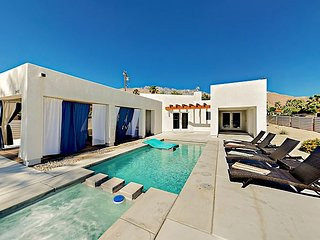 Modern 3BR Oasis w/ Private Pool & Mountain Views - Close to Aerial Tramway