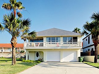 Spacious & Bright 3BR/3BA - Perfect for Family Fun, Walk to Beach