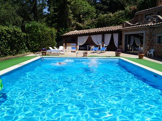 SPLENDID VILLINA WITH SHARED POOL IN VILLA PRIVATA NEXT TO ROME
