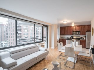 2 Bed with Balcony in Upper West Side. 1 Block from Central Park