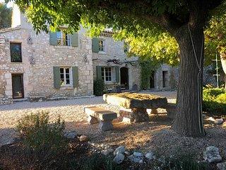 5 bedroom Villa in Plan-d'Orgon, Provence-Alpes-Cote d'Azur, France : ref 563406