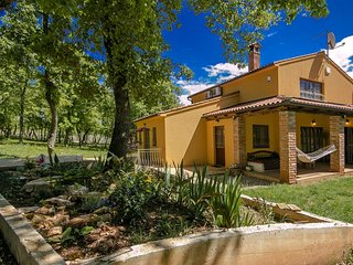 3 bedroom Villa in Mugeba, Istria, Croatia : ref 5426467