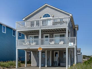 Guaranteed Fun   60 ft from the Beach   Private Pool, Hot Tub