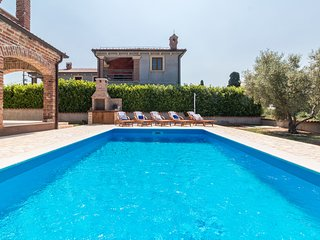 Villa Sole at Paradiz with private pool