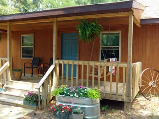 Beautiful Cabin right in the middle of the Shawnee Forest