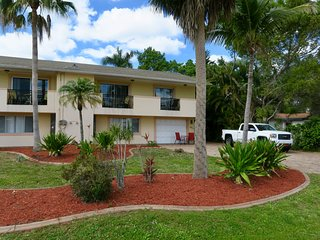Beach Tropical !  Pool !  Close to Sanibel Island !