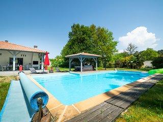 Villa Messanges au calme. Plages, piscine, jacuzzi