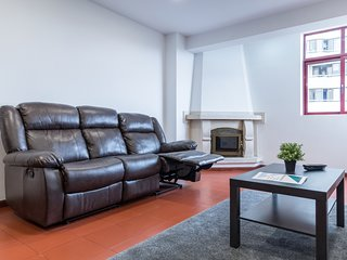 Spacious Apt. just 5min from City Center and Municipal Bus Station
