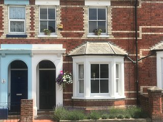 Lovely terraced house close to Regatta course