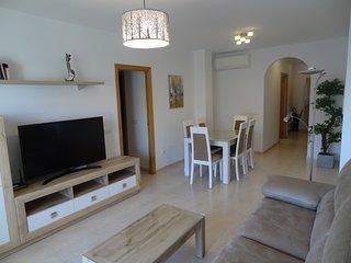NUEVO: Lujoso apartamento en el centro de Nerja. 300m Playa de la Torrecilla.