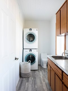 Ground floor powder room with washer and dryer