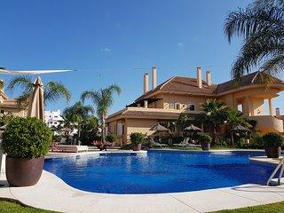 Apt 127, Aloha Hill Club, Nueva Andalucia, Marbella