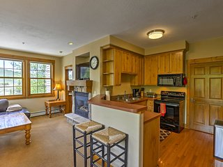 NEW! Granby Condo w/ Hot Tub Access, Walk to Lift!