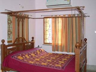 Mandira Home - The Homestay at Hazra, Kolkata