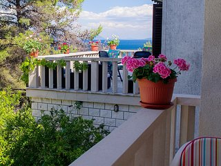 Suitable apt for four people - 30m from the beach I