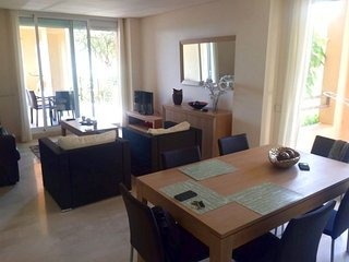 2 bed 2 bath apartment in Cancelada village between Puerto Banus and Estepona