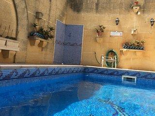 Darta Barrani Farmhouse avec vue sur Malte et mer/ 8p avec piscine privee