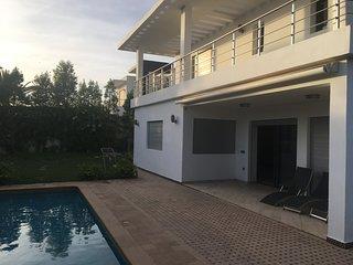 Amazing Villa with Swimming Pool Ref: HI21056