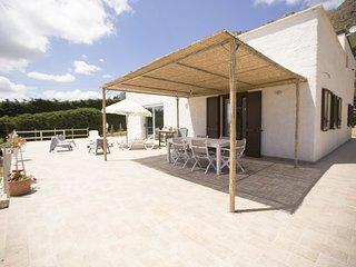 Villa Nella, per 8 persone. Relax al mare cristallino della Sicilia