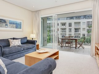 Welcoming Apartment Ideal for Business or Leisure Travellers