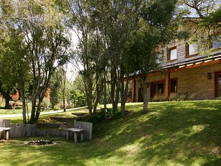 Bariloche Holiday Home Sleeps 10 with WiFi - 5811269