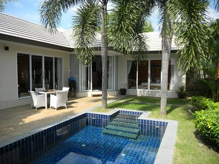 5 Islands 2 bedroom pool villa close 100 meters from beach