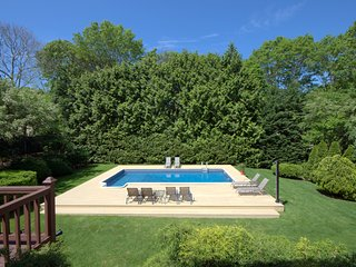Hampton Bays nice 4bdr,IGPool,CAC,Billiard,Tennis,Baskeball