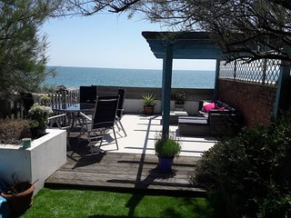 The cottage on the beach, Sandgate Folkstone