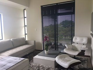 Exec apartment in secure golf estate