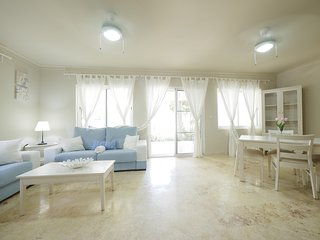 Luxury Beach House 2 bedrooms, Playa Turquesa Ocean Club