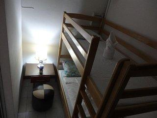 Bachelor room bunk bed