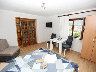 Vista Apartments - Comfort Studio Apartment with Terrace (A2)