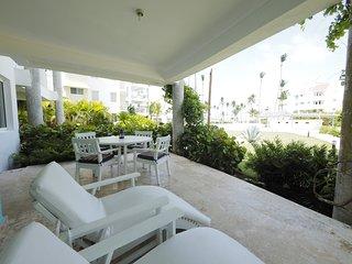 Ocean View Luxury Beach House, Playa Turquesa Ocean Club