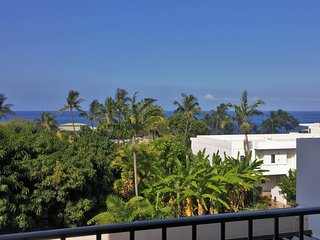 Great oceanfront resort, Beautiful home with sweeping ocean views, Close to town