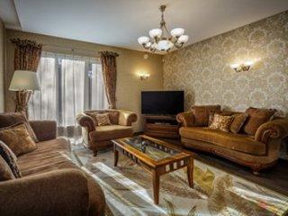 Charming, spacious Italian style villa